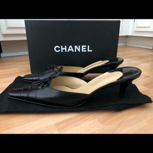 💯Chanel-authentic kitten heel mules
